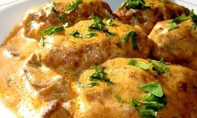 Рецепт рисовых котлет с грибным соусом для Великого поста